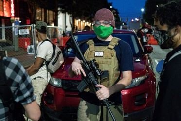More Fake News from CNN: Hack Reporter Attacks Gateway Pundit and Breitbart over Armed Anarchists in Seattle — Then CNN Reporter Refutes Their Own Report!